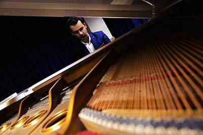 اجرای پیانو