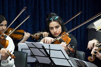 اجرای گروهی هنرجویان ویولن آرتیمان